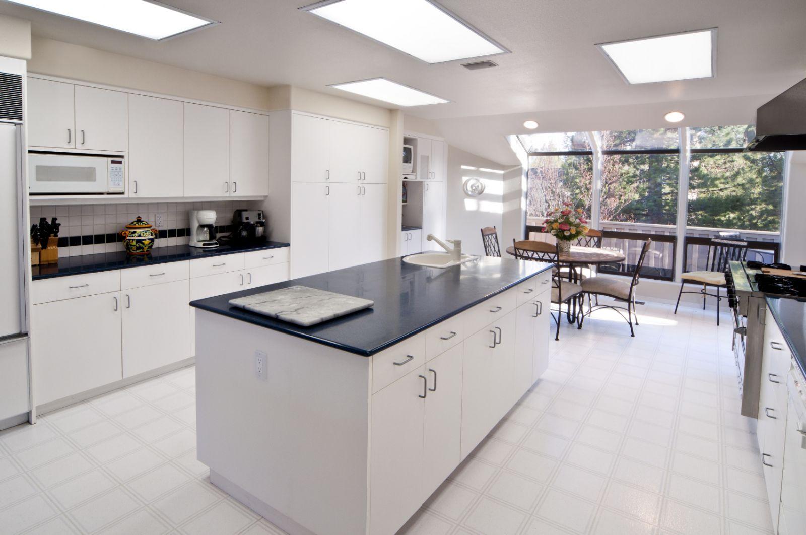 Cuatro consejos para iluminar tu cocina con Led