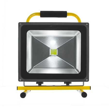 Foco proyector led con bateria 20W